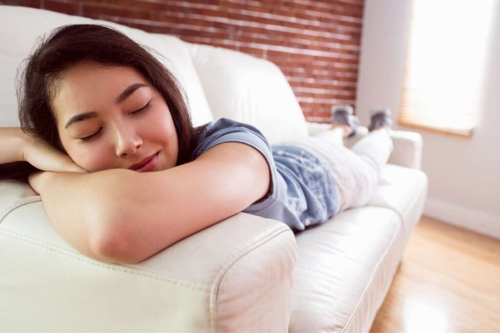 การงีบหลับตอนกลางวัน